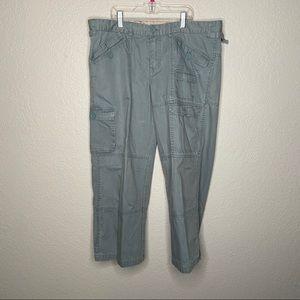 Magellan Sportswear Size 14 Slate Blue Capri Pants
